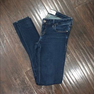 Hollister super skinny low rise jeans